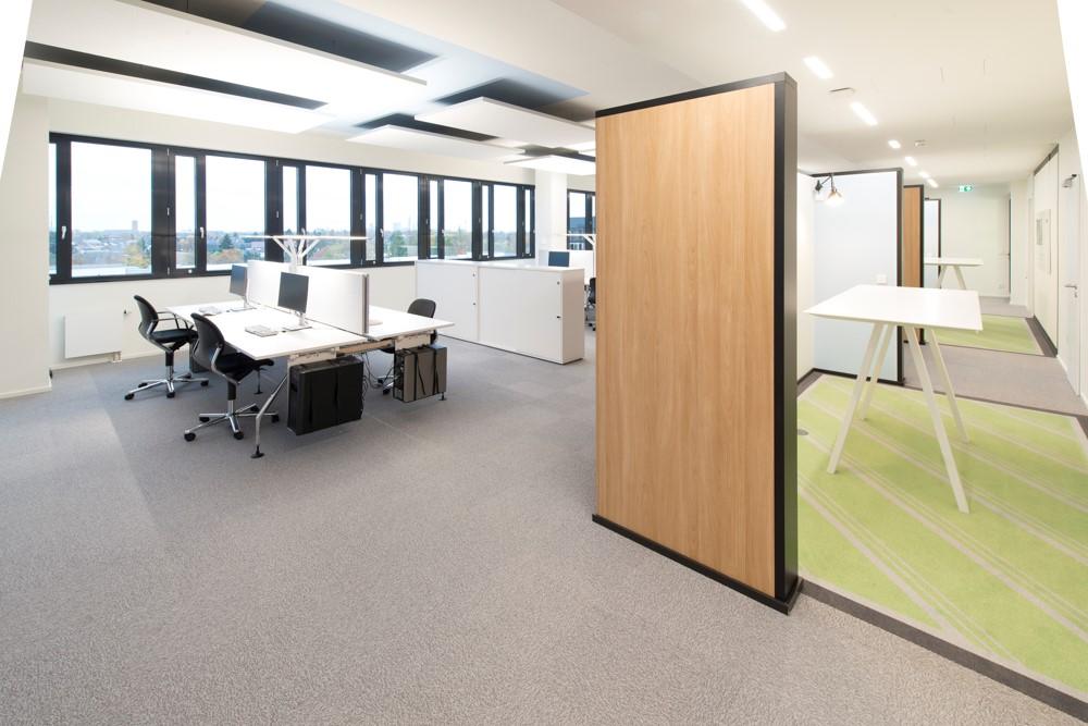 moderne arbeitswelten: wie sieht das büro der zukunft aus