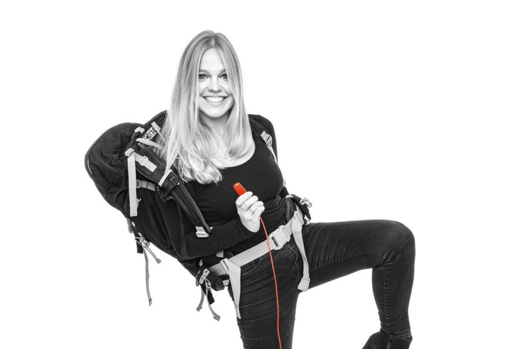 Michelle Distelrath mit Wanderrucksack